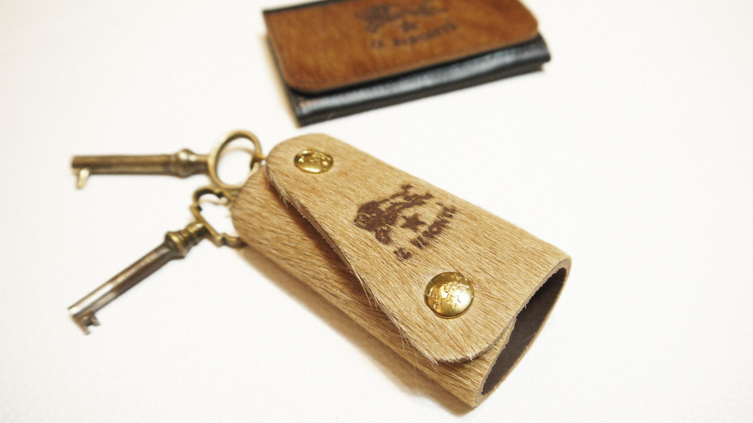 牛毛皮飾鑰匙圈