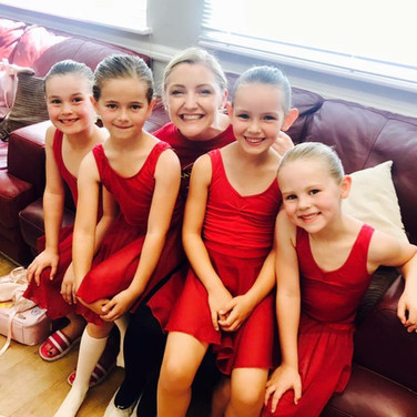 2017 Primary Ballet exam candiates with Miss Lucy