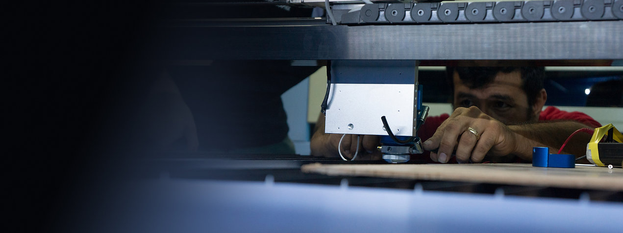 Soporte Técnico Garantizado servicio posventa de Máquinas Equipos Sistemas Láser CO2 de corte y grabado bescutter latino tickets de soporte virtual en todo el mundo 1 año a nivel mundial