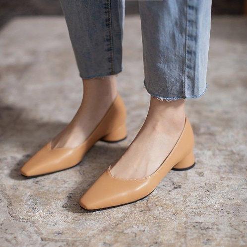 簡約低跟尖頭鞋-A