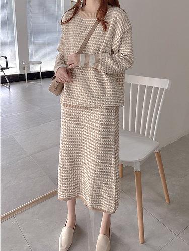 柔軟毛織套裝系列-套頭毛衣加半身裙-A