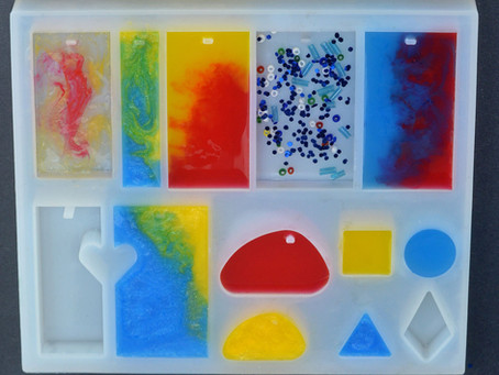 Easy resin jewelry making
