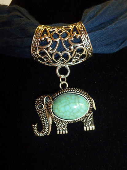 Scarf Pendant - Elephant