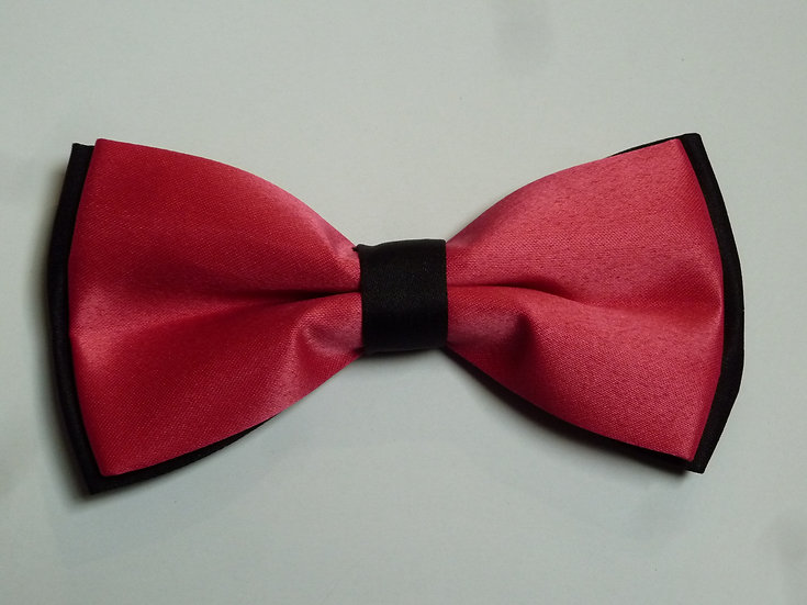 Bowtie - Pink on Black
