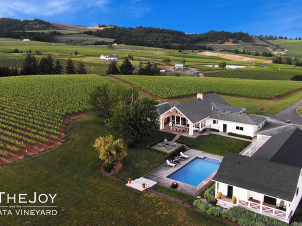 Experience Oregon Wine Country AttheJoy