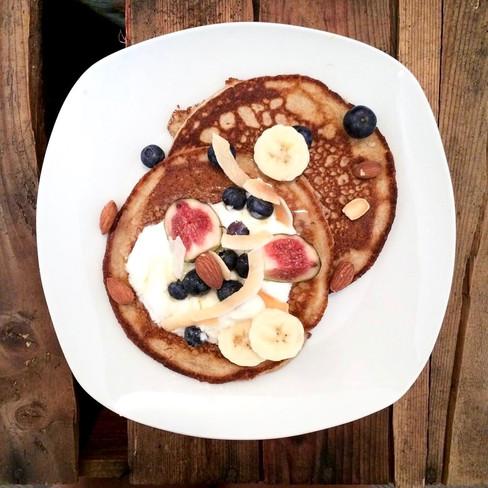 Pancakes de seigle aux amandes