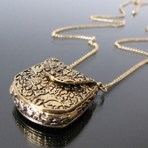 Purse Necklace