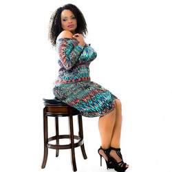 Feeling FLIRTY with this _shelia_33 dress! Comfy, curve hugging, and colorful..
