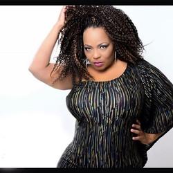 _shelia_33 does it again! #designer #plussizefashion #model #curves #fashion #kinkycurly #oneshoulde