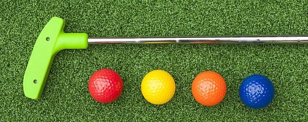 golf-putter-with-multiple-colored-golf-b
