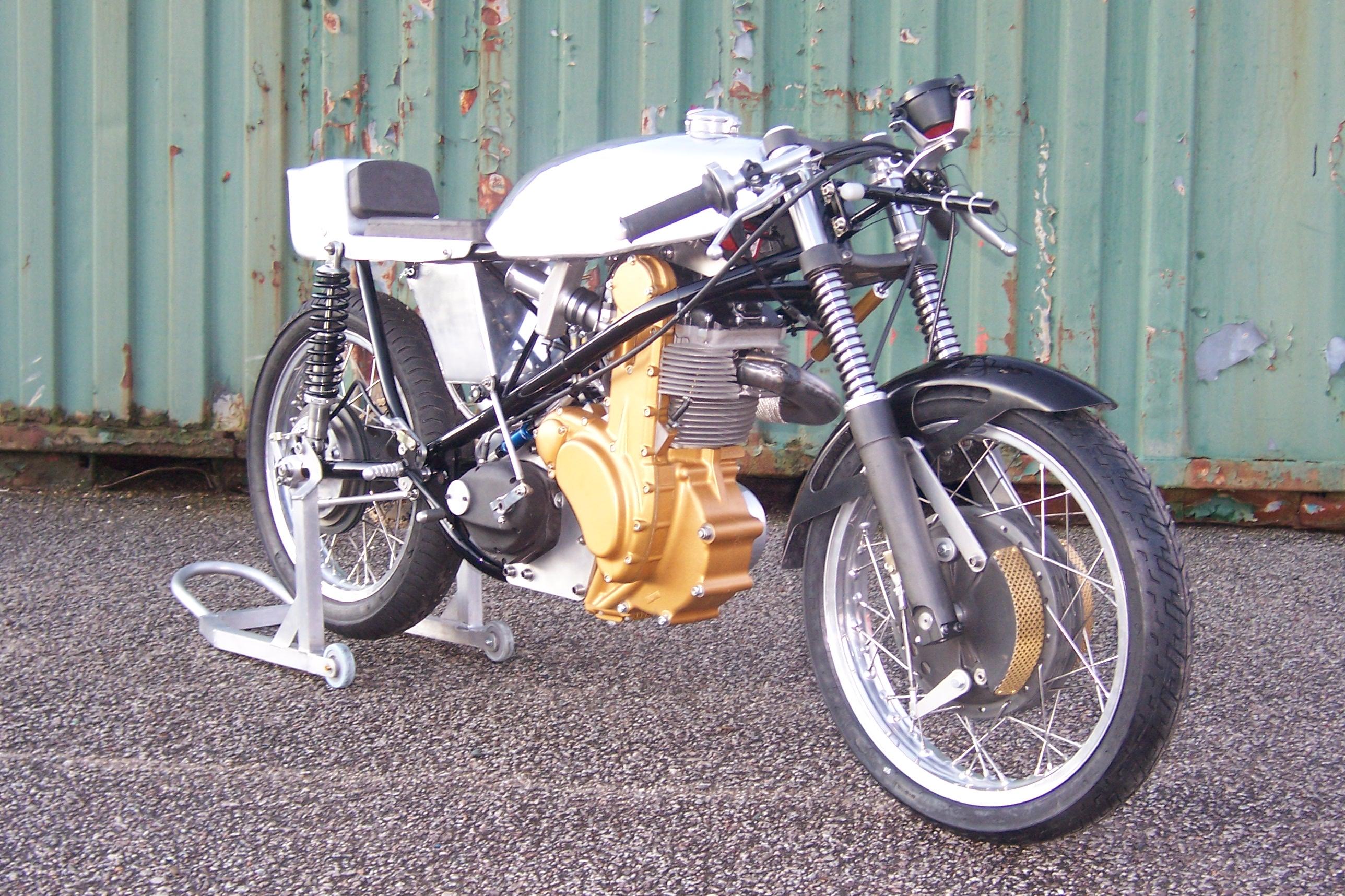 Seeley MK4 G50 - BSR Replica
