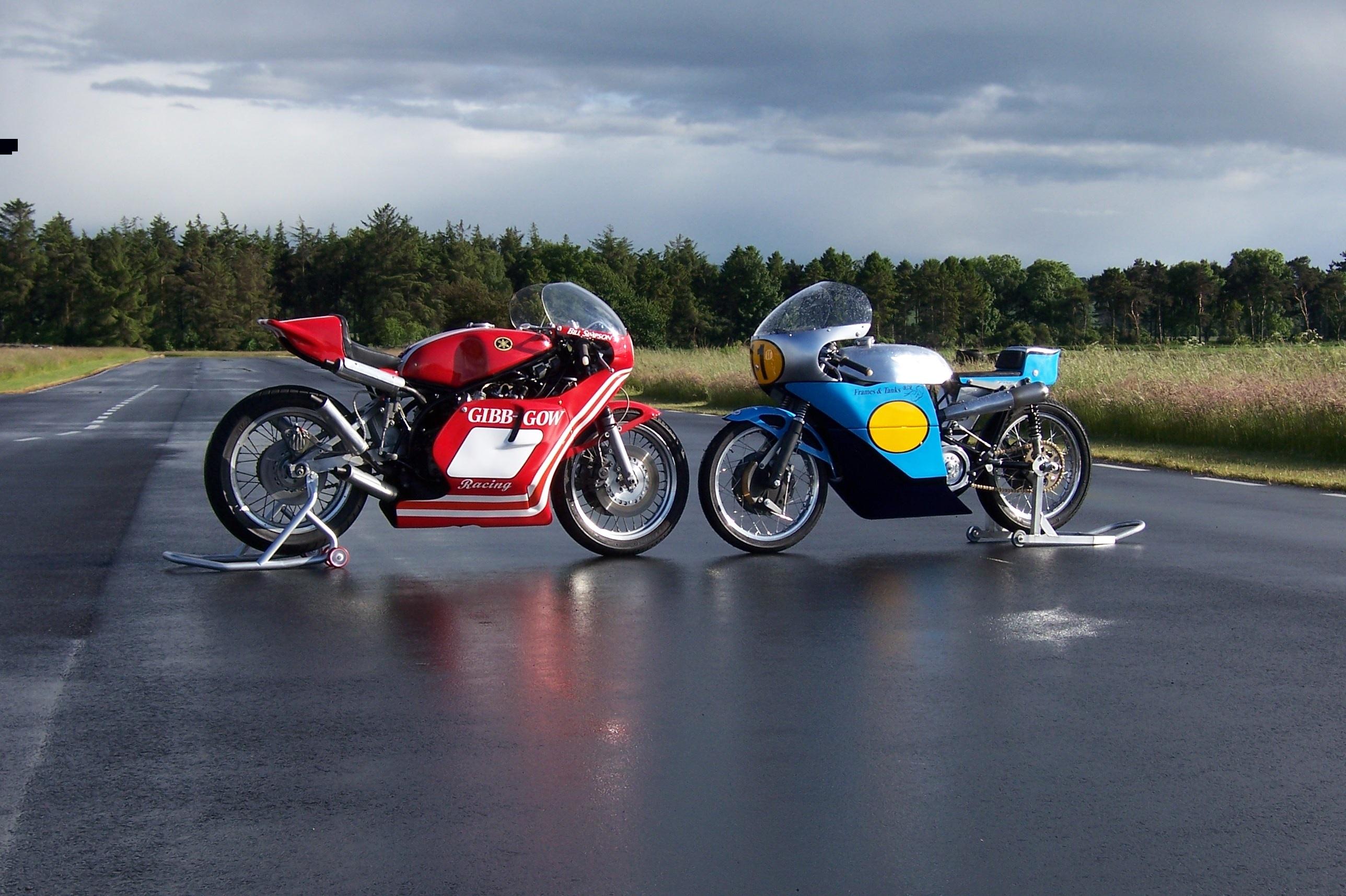TZ750 Yamaha and Seeley G50 Matchless