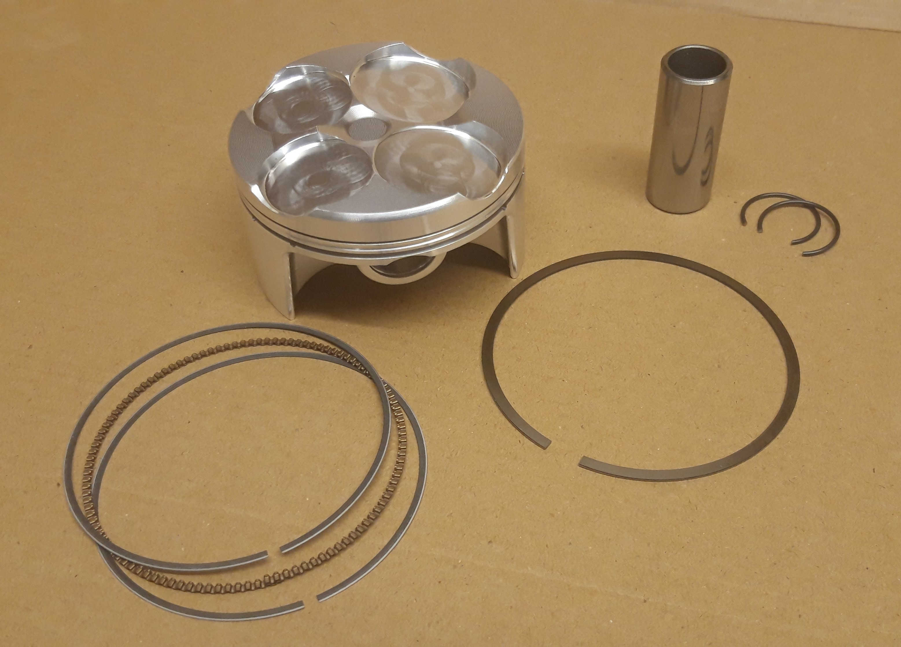 Piston ZXR D73mm Kit