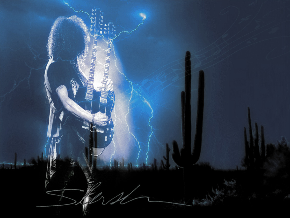 Slash plays like Lightning