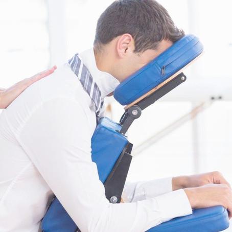 Il massaggio in ufficio: salute e benessere entrano in azienda