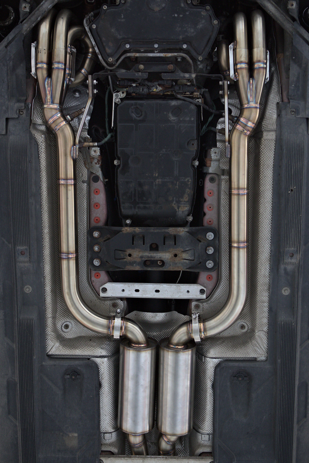 Mercedes C63 AMG Manifolds