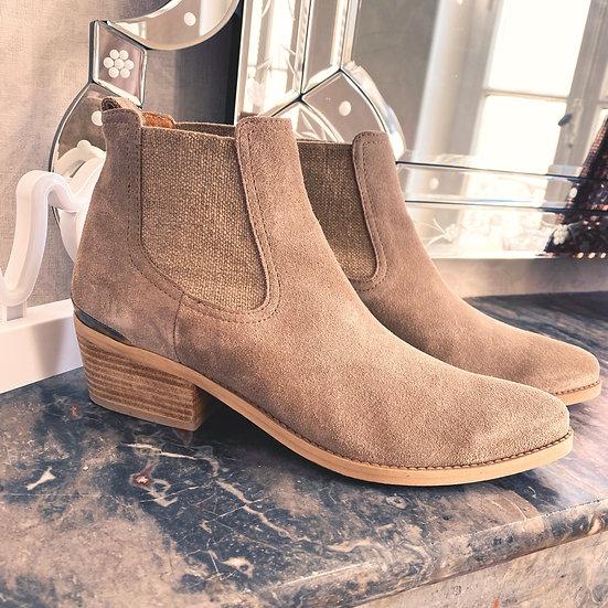 Boots Minka Design