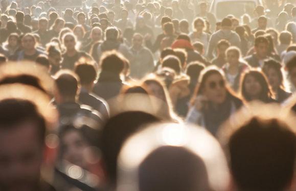 getty-crowd.jpg