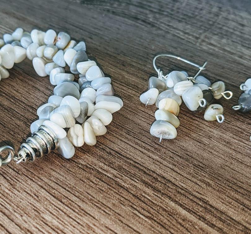 Botswana Agate Bracelet and Earrings.jpg