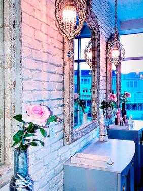 Taaj Beauty Lounge
