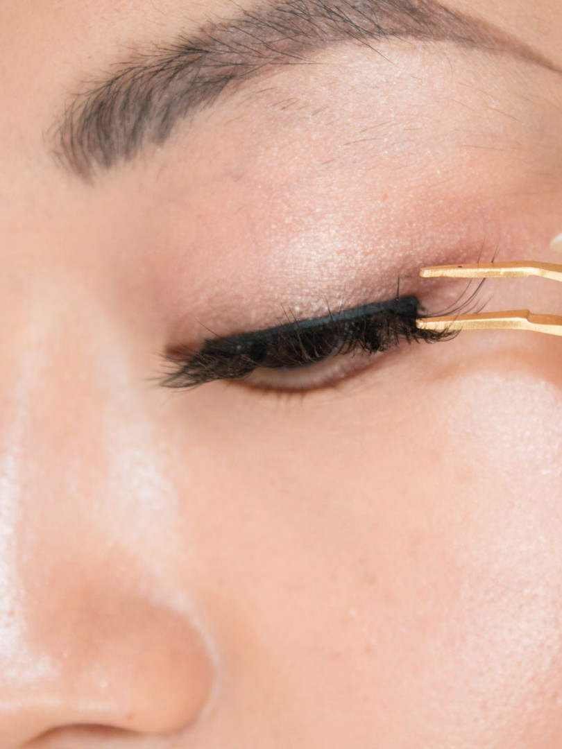 goldtweezer-lash.jpg