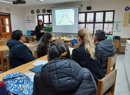 """Asistentes de la Educación se capacitan en """"Detección temprana"""""""