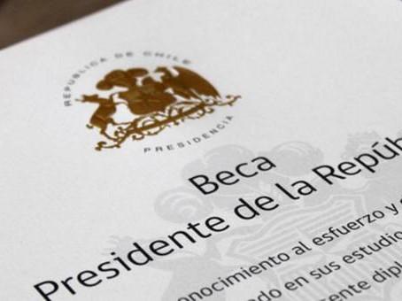 Felicitaciones a nuestras Becadas Presidente de la República