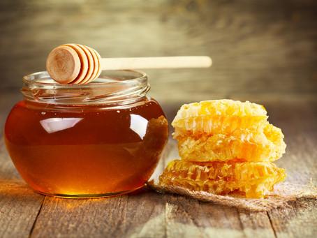 Trucos para saber si la miel que compraras o consumes es pura o está adulterada