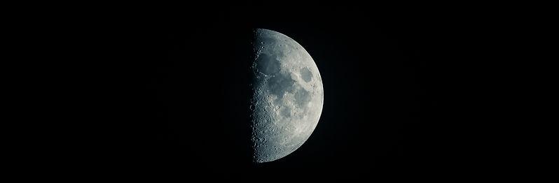 astronomy-crater-dark-459475.jpg