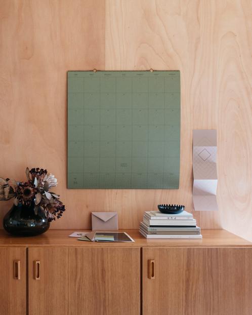 Millmakers x la petite papeterie française calendrier geant vert wild giant calendar wild green
