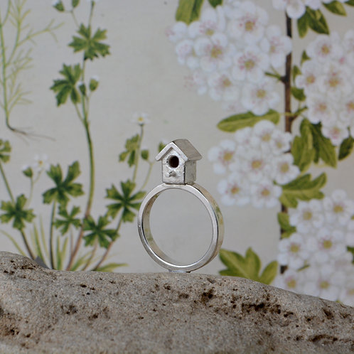 Birdhouse Ring