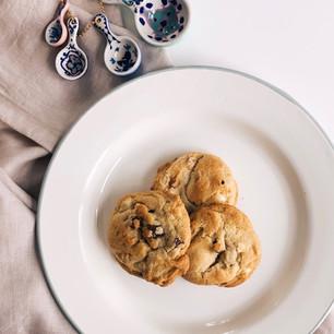 Mimi's Famous Tri-Chip Cookies