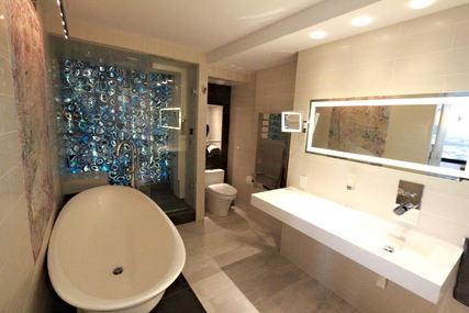bath2fb.jpg
