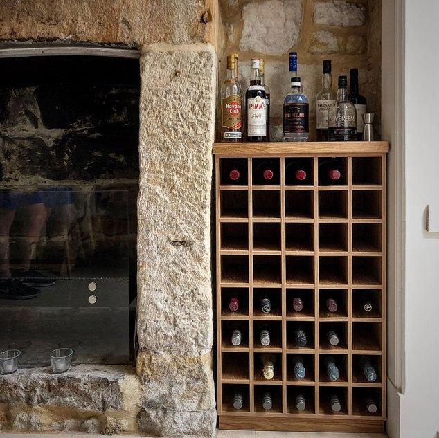 Bars & Drinks Cabinets