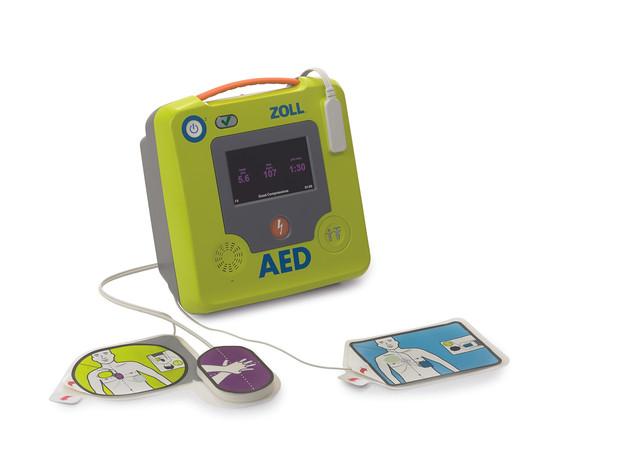 8502-001203-08 AED3 BLS mit Uni padz.jpg