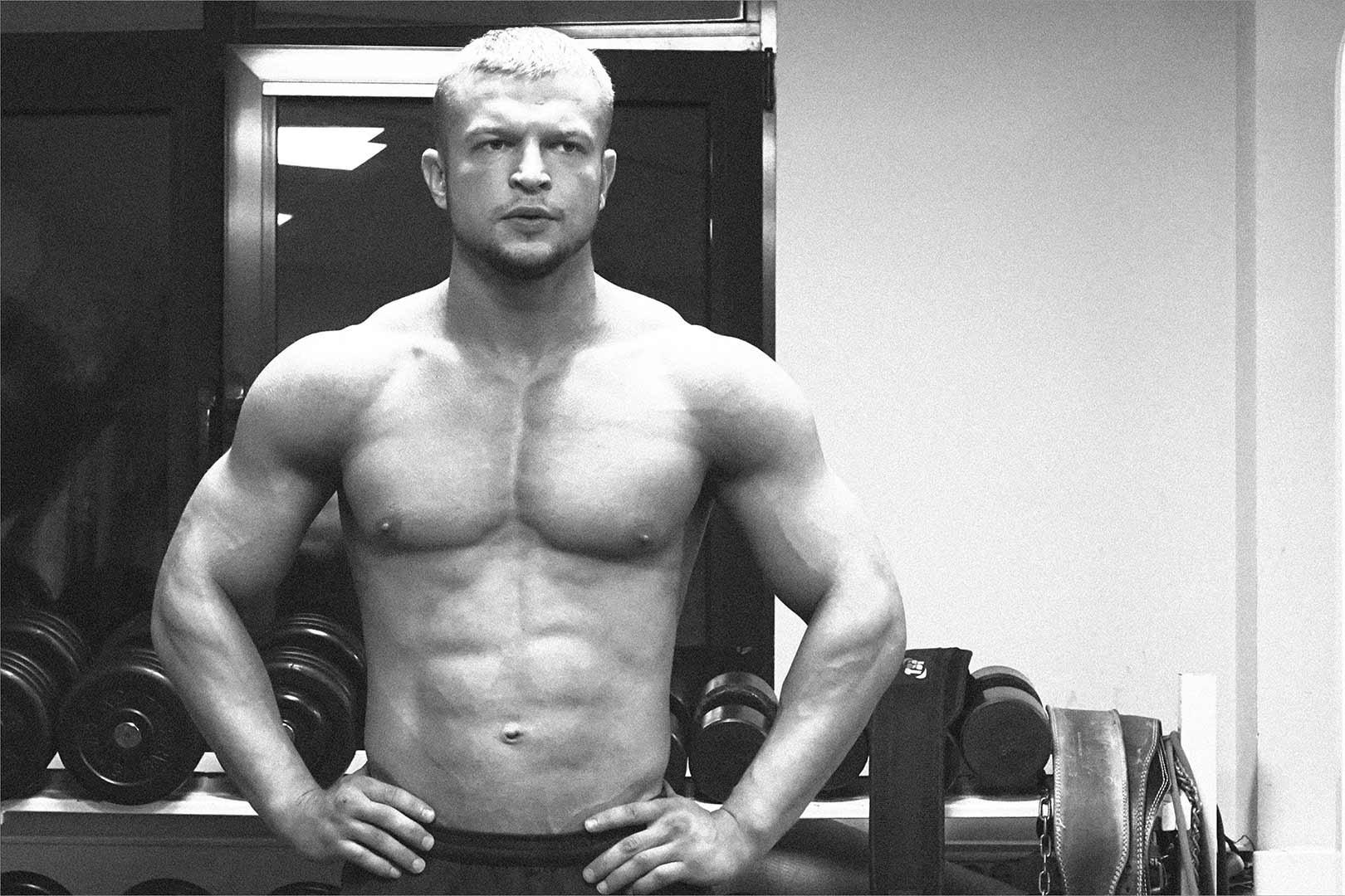 Александр Пульбере, персональный тренер по фитнесу и бодибилдингу в Фитнес-Люди на Профсоюзной.