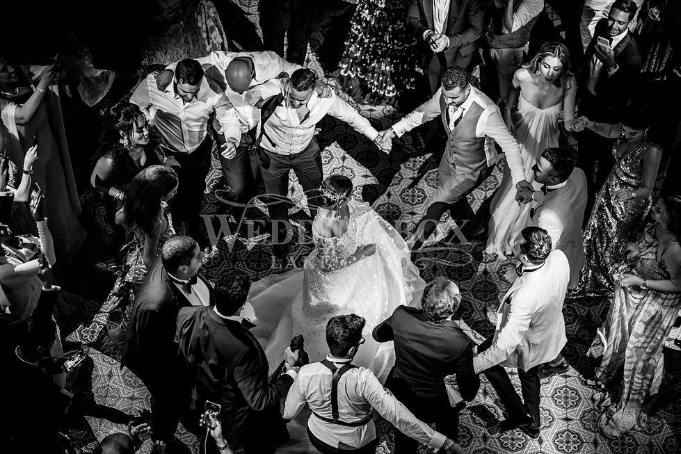 37. Dancing until late at Villa Erba. La