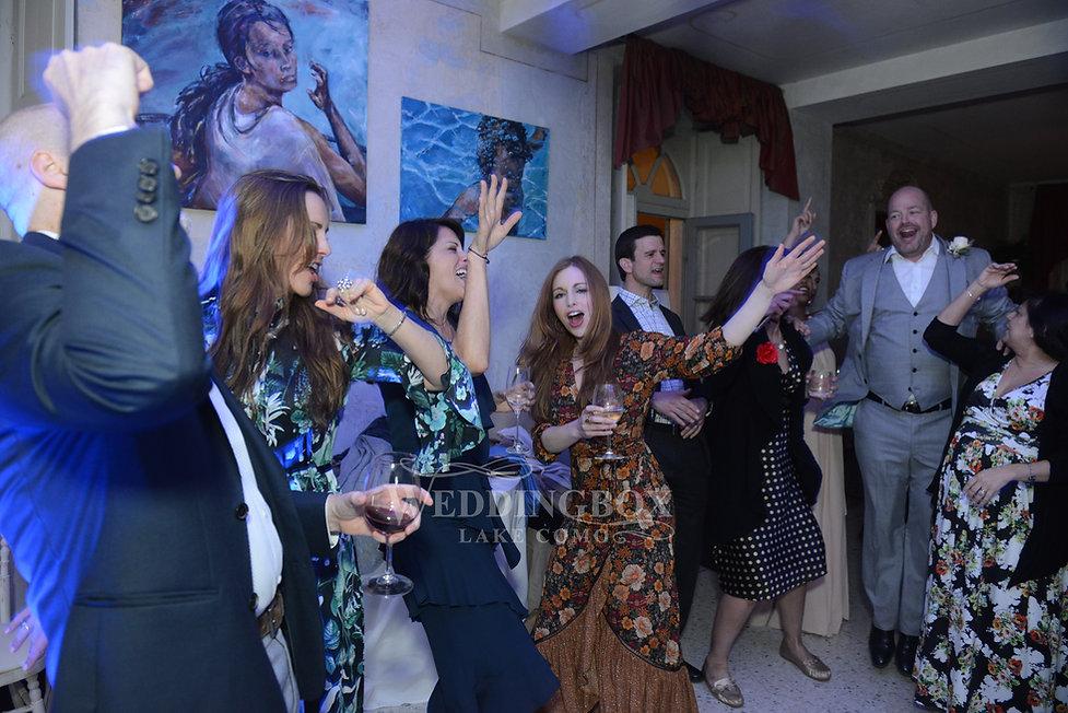 Evening dance party at Villa Teodolinda