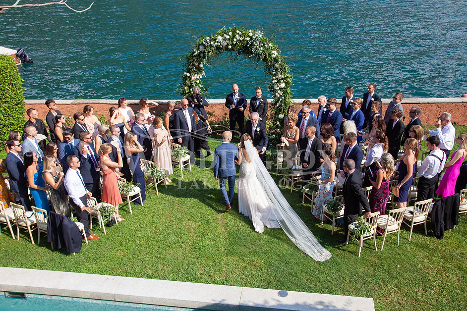 8. Poolside wedding ceremony at Villa Te