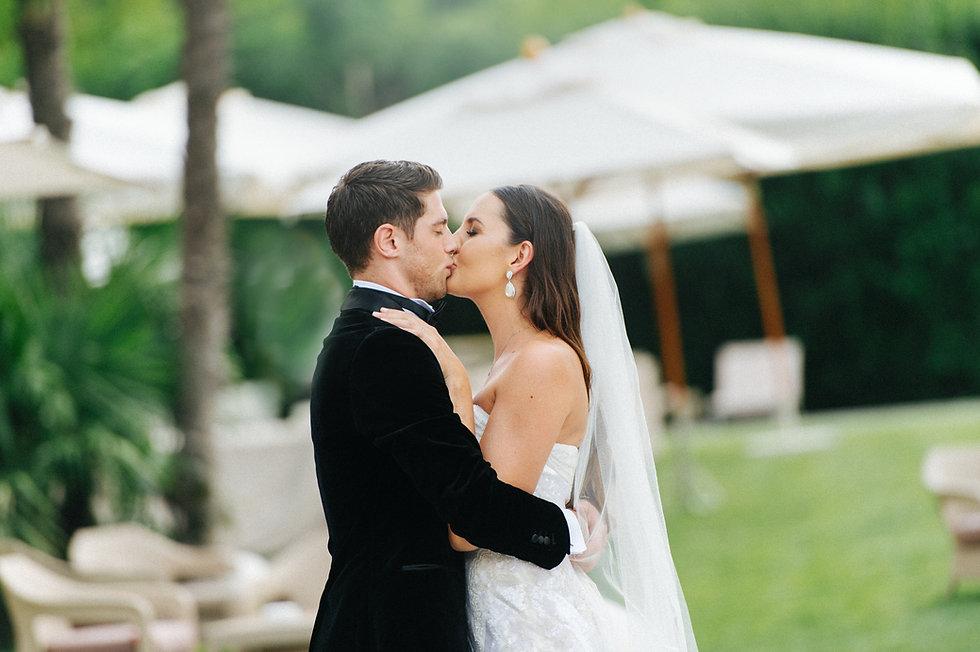 13. Bride and groom kiss.jpg