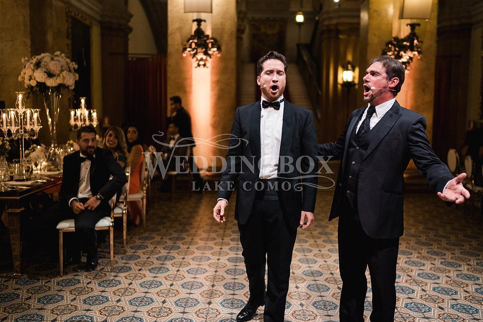 25. Male tenors at Villa Erba. Wedding e
