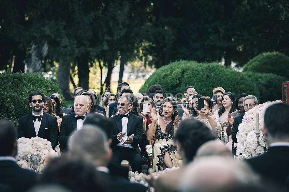 18 Wedding guests at Villa Erba in Cerno