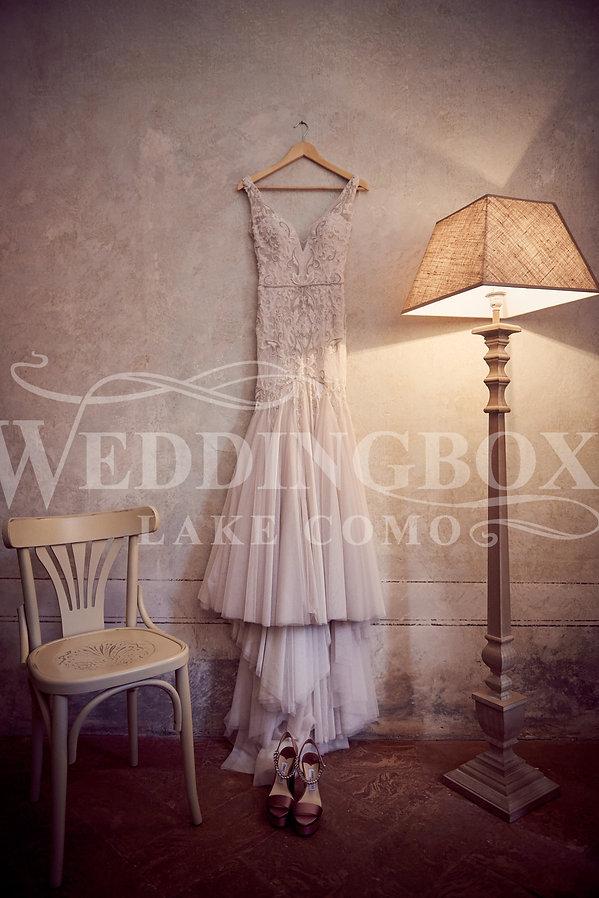 1. Wedding dress at Villa Teodolinda Lak