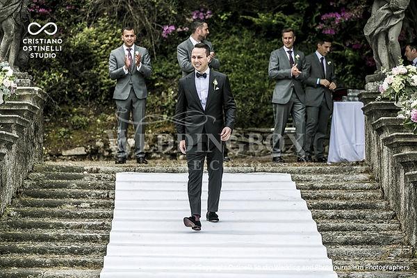 6. The entrance of the groomsmen. Villa