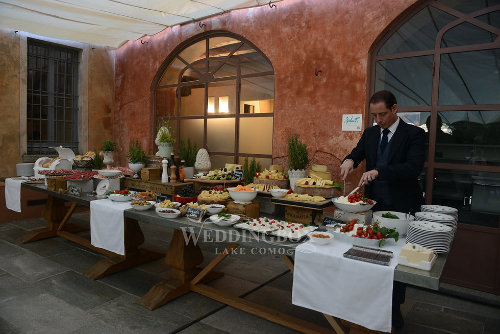 Welcome aperitivo buffet at Villa Regina