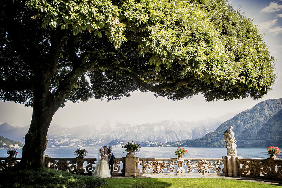 24. Villa Balbianello famous tree photos