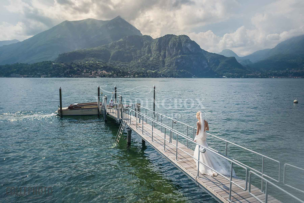 4. Boarding the wedding boat on Lake Com