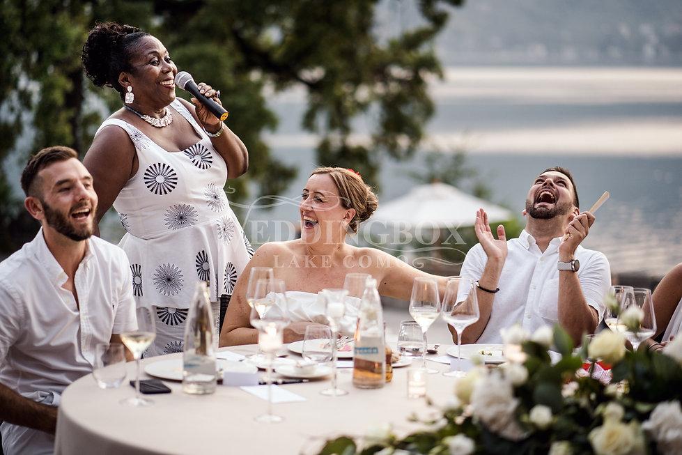 22. Guests table at Villa Lario Lake Com
