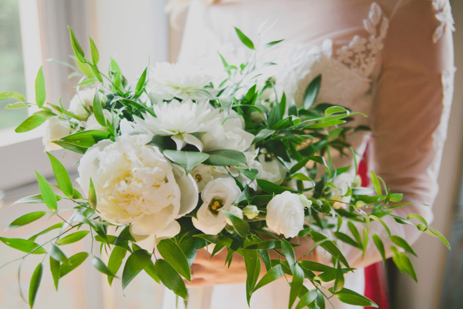 2. Bride's bouquet - Villa crespi -Lake