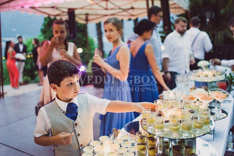 10. Dessert buffet. Wedding catering, La